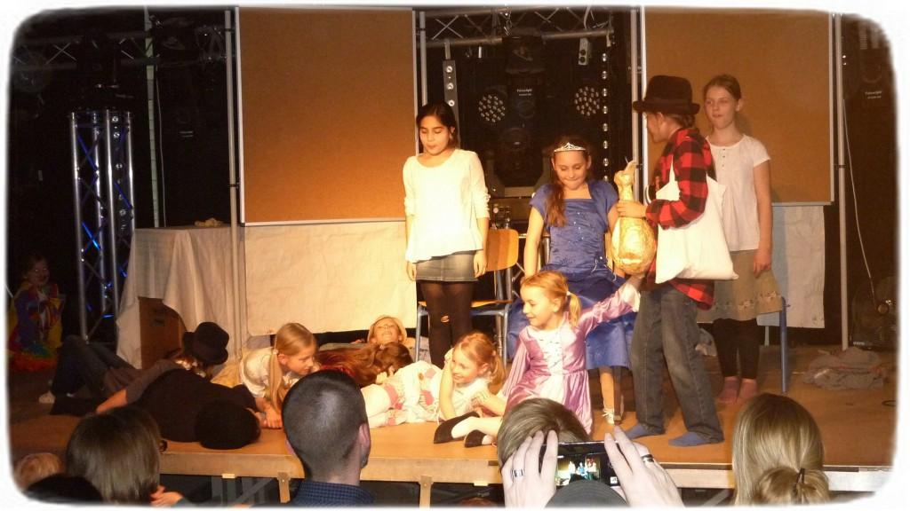 2016-03-11_Auftritt Theater-AG_008